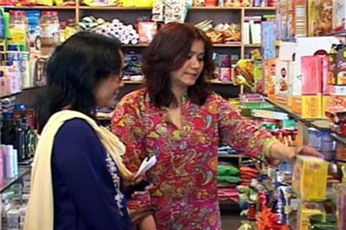 Shoppers in Departmental Stores in Jhunjhunu