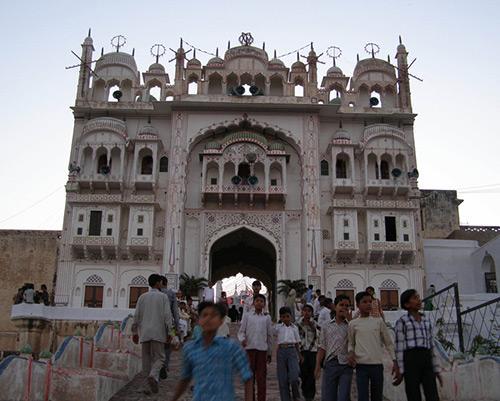 Kamaruddin Shah's Dargah  in Jhunjhunu