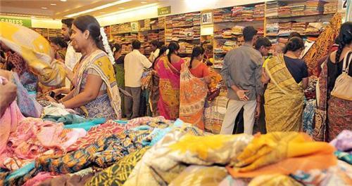 shopping in kancheepuram