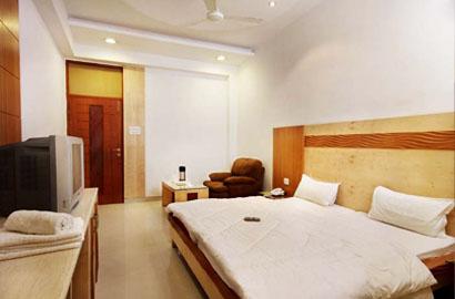 Facilities at Hotel Mandakini Plaza Kanpur
