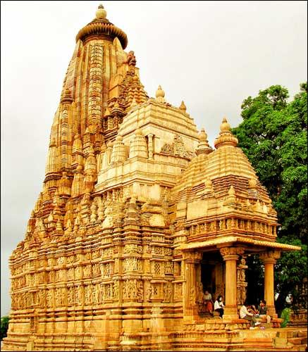 Famous temples in Khajuraho
