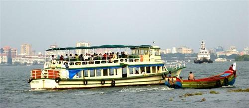 Ferry in Kochi