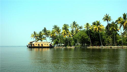 Vembanad Lake in Kottayam Geography