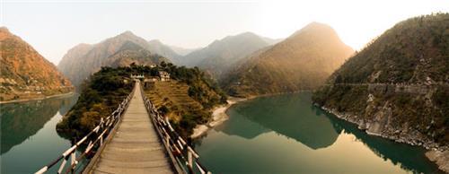 Pristine Valley of Kullu in Himachal