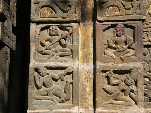 Architecture of Murlidhar Temple Kullu