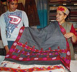 Handloom Business in Kullu