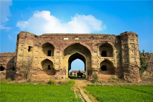 Mughal Sarai Fort