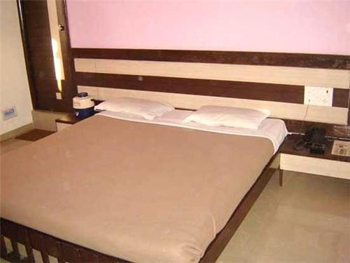 Luxurious rooms at Hotel Bhagyoday in Mehsana