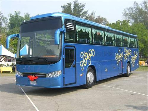 Buses in Manali