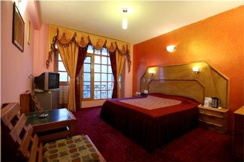 Rooms of Holiday Home Resort in Manali