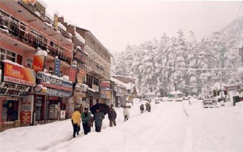 Mall Road after Snowfall