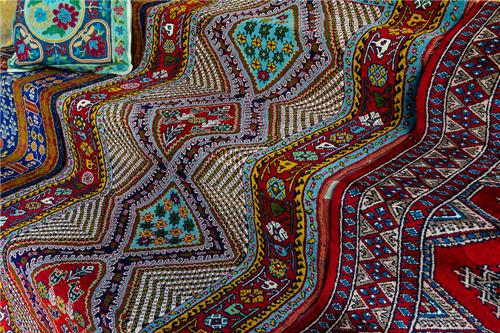 Shopping of Carpets in Manali