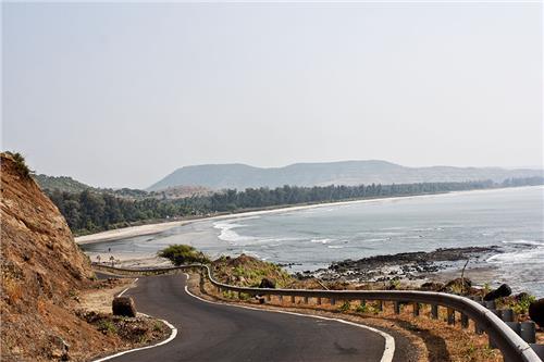 Mumbai to Tarkarli by Road