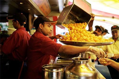 Best street cuisine in Mumbai