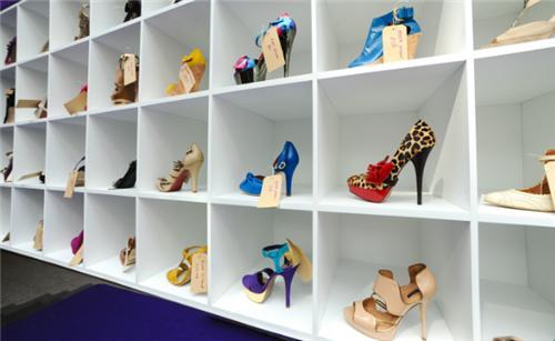 Munger Footwear Showrooms