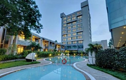 Nadiad Boulevard 9 Luxury Resort