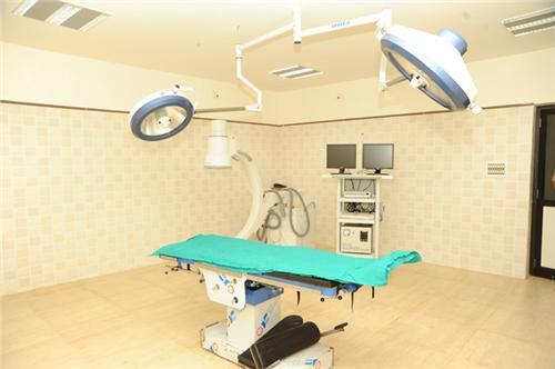 Orthopedics Department , Amee Multispecialty Hospital