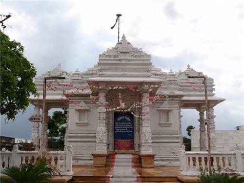 Religious places in and around Nalanda