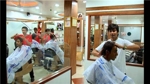 Men Salon in Nalanda