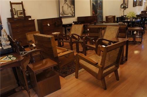 Furniture Showrooms in Neemuch