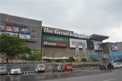 Malls in Noida
