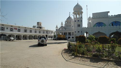 Famous Places to Visit near Pathankot