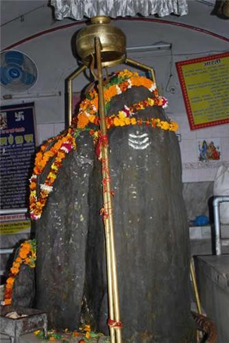 Shiva Parvati at Kathgarh Temple
