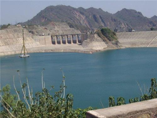 Ranjit Sagar Water Reservoir