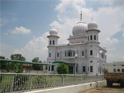Gurudwara Shri Charan Kamal Sahib