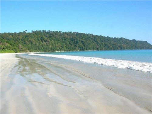 The Aamkunj Beach at tRangat Town of Andaman
