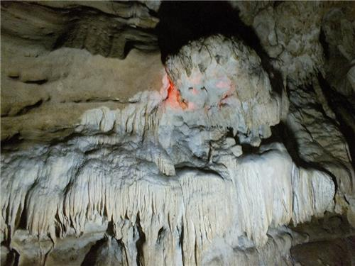 facts about Limestone cave