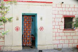 doorless houses of shani shingnapur