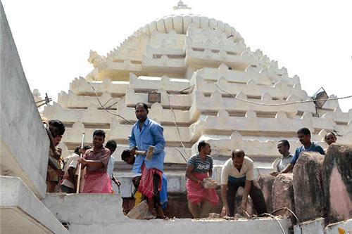 Bada Chhata Matha