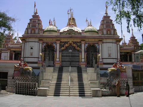 Swaminarayan temple at Bhupender Raod in Rajkot