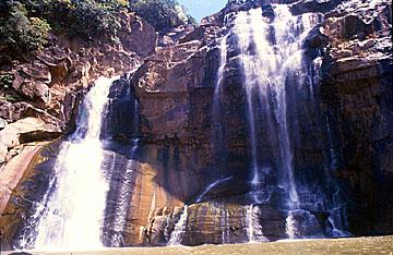 Famous Hundru Water Falls in Ranchi