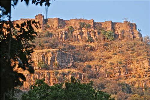 The Grand Ranthambore Fort at Sawaimadhopur-Credit Google