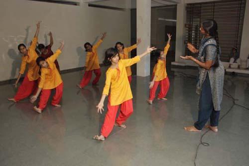 Sikar Dance Classes