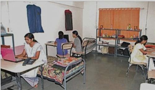 Hostels in Solapur