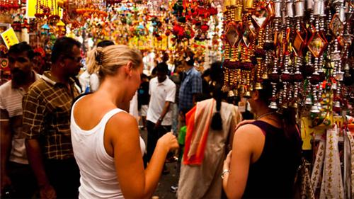 Shopping in Solapur