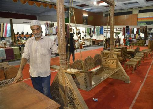Wooden Items Business in Srinagar