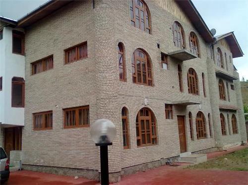 About Mirani Resorts in Srinagar