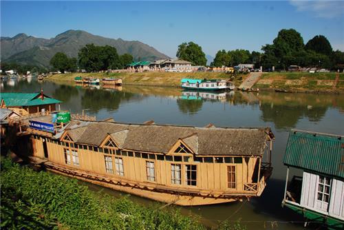 Visiting River Jhelum