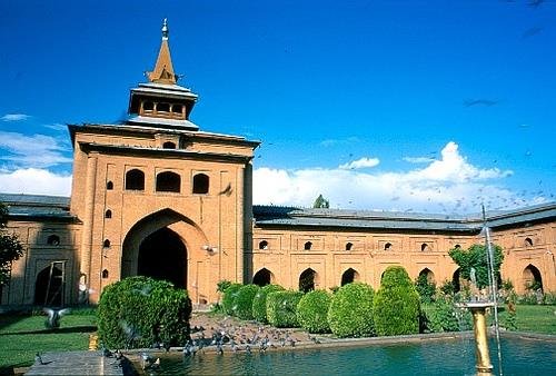 Entrance of Jamia Masjid in Srinagar