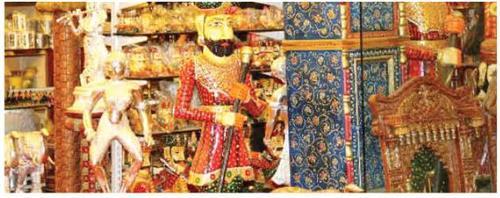 Shopping Specialties in Srinagar