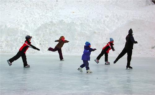 Ice Hockey in Srinagar