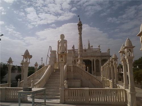 Digambar Jain Temple in Sujangarh