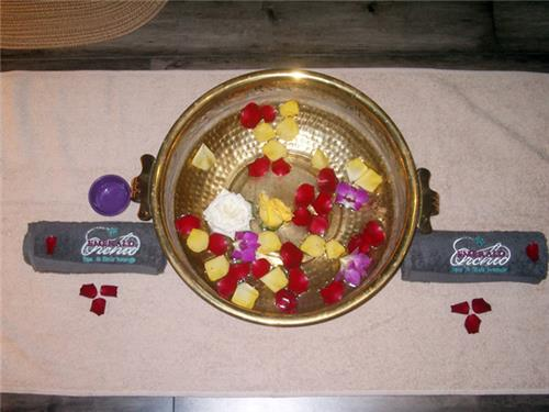 Alluring Decor at Emerald Orchid Spa and Hair Lounge in Surat