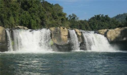 Khoudong waterfall