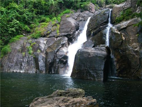 Meenmutty Falls Trivandrum