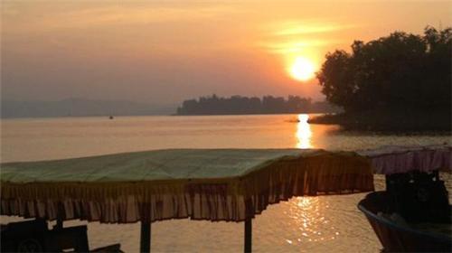 Dudhni Lake